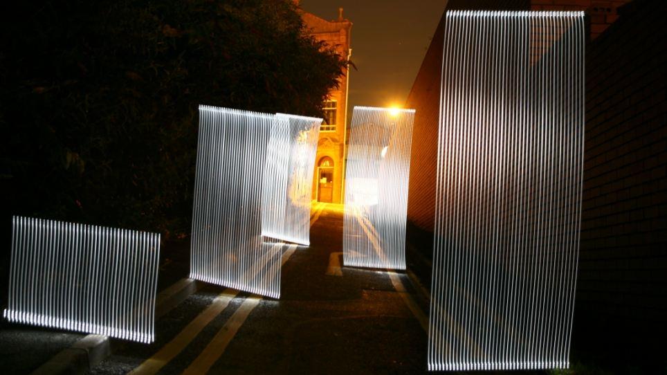 این تصاویر را از دست ندهید: مجسمههایی از نور در خیابانهای تاریک