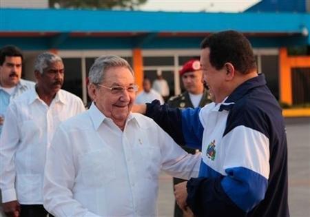 چاوز، کاسترو