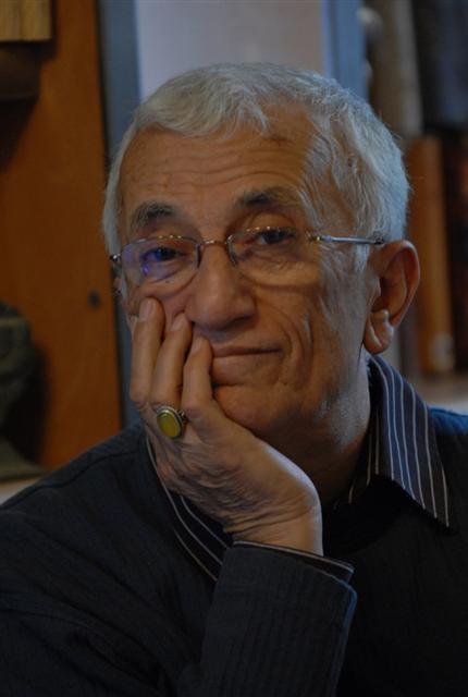 ایرج زهری