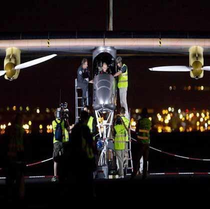 هواپیمای خورشیدی از اسپانیا تا مغرب پرواز کرد