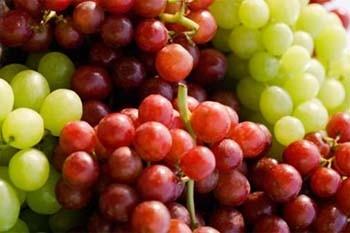 تفاوت انگور قرمز و سبز
