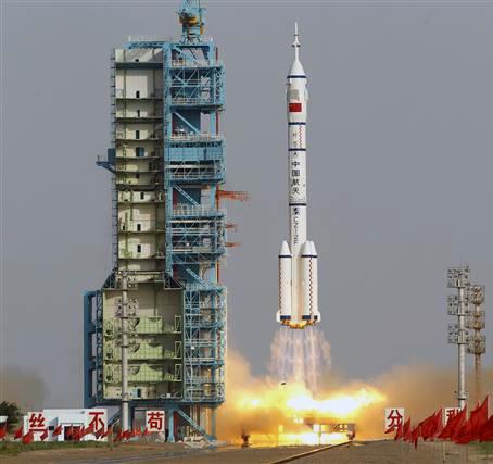 فضاپیمای سرنشین دار چین پرتاب شد