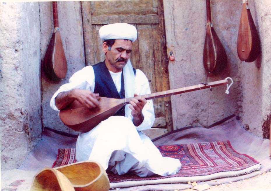 سرور احمدی