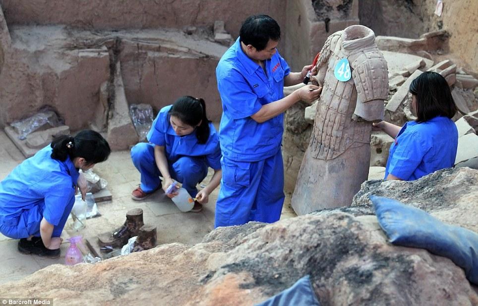 کشف نگهبانان مقبره امپراطور پس از دو هزار سال در چین