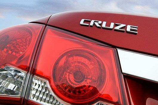 General Motors Co is recalling its popular compact Chevrolet Cruze sedans
