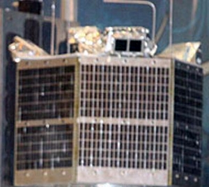 آشنایی با ماهواره فجر