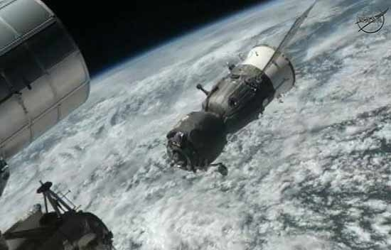 بازگشت سه فضانورد ایستگاه فضایی به زمین