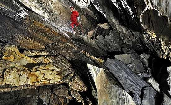 غارهای شگفت انگیز اتریش در قاب تصویر