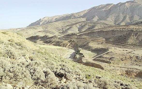 احداث سد تنگ سرخ - استان فارس