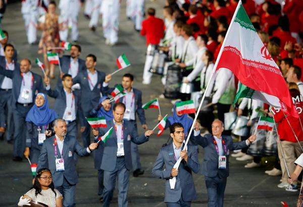 گزارش تصویری رژه کاروان المپیکی ایران با پرچمداری مظاهری