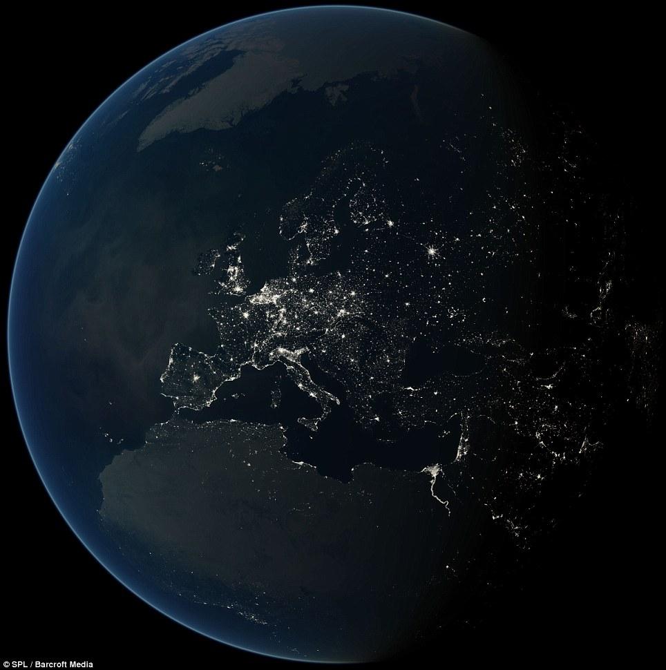 غربیها در نور، شرقیها در تاریکی؛ تصاویر فضایی مصرف برق