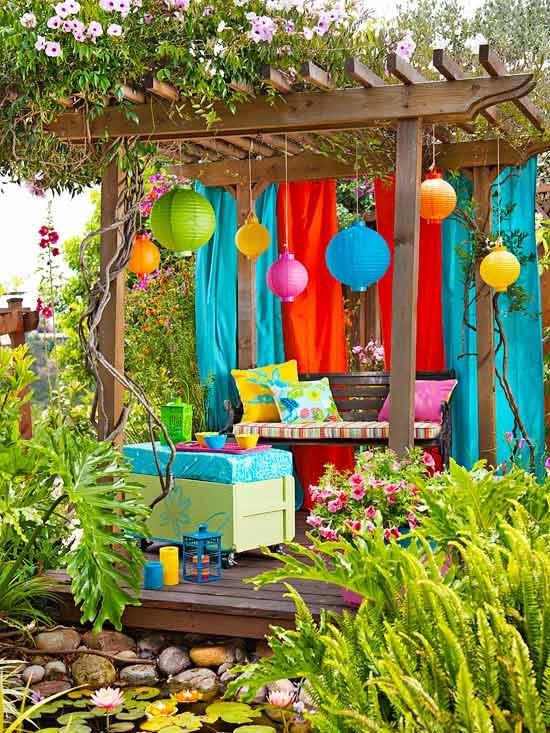 چطور حیاط خلوت را به محیطی شاد تبدیل کنیم؟