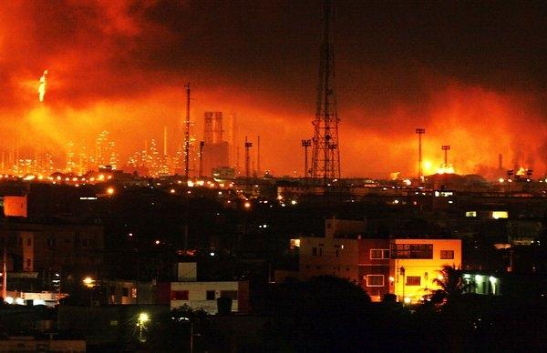 19 کشته در انفجار بزرگترین پالایشگاه ونزوئلا