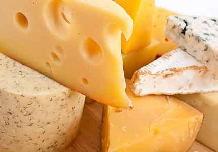 آشنایی با خواص برخی از مشهورترین پنیرهای خارجی و داخلی