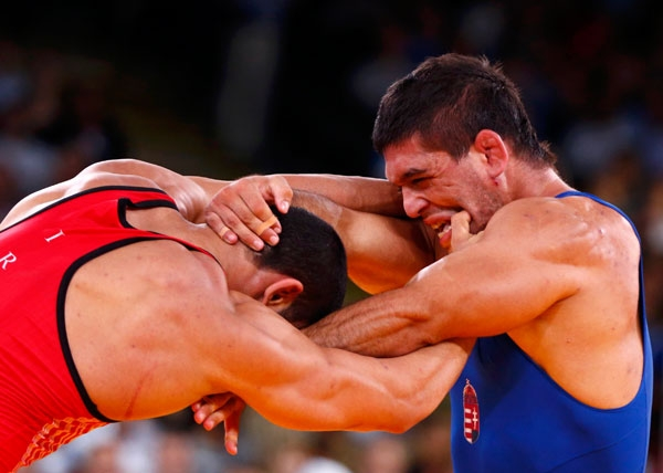 مدال نقره المپیک 2012 برای صادق گودرزی