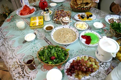 آشنایی با آداب و رسوم مردم ایرانشهر در ماه مبارک رمضان