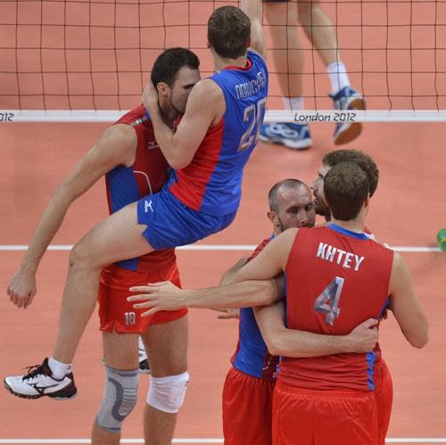 تیم والیبال روسیه برزیل را نقره داغ کرد/ زنان برزیل قهرمان شدند