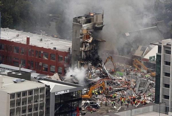 Image result for زلزله نورث ریج کالیفرنیا| آمریکا، سال ۱۹۹۴