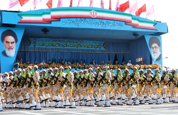 گزارش تصویری از مراسم رژه نیروهای مسلح کشور