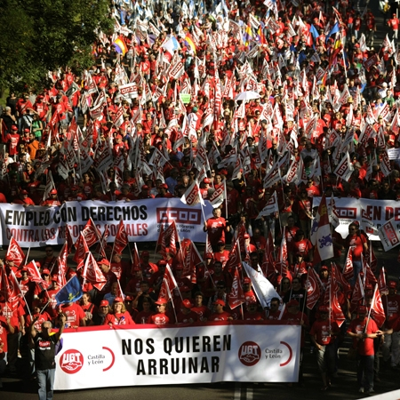 تظاهرات گسترده علیه سیاستهای اقتصادی دولت در اسپانیا و پرتغال