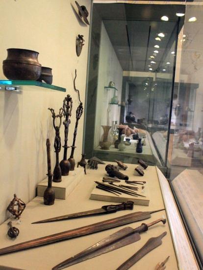 آشنایی با موزه مقدم دانشگاه تهران