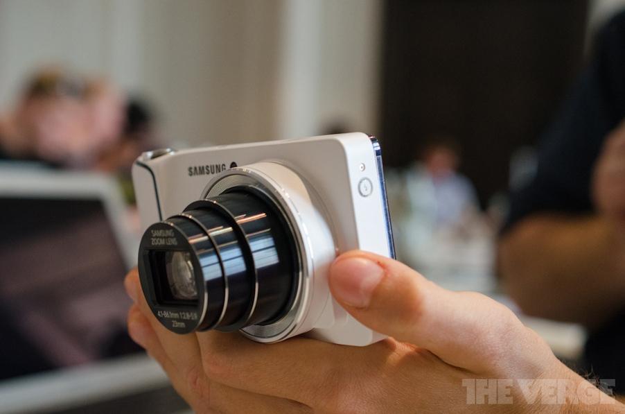 دوربین عکسبرداری ۱۶ مگاپیکسلی گلکسی با اندروید ۴.۱