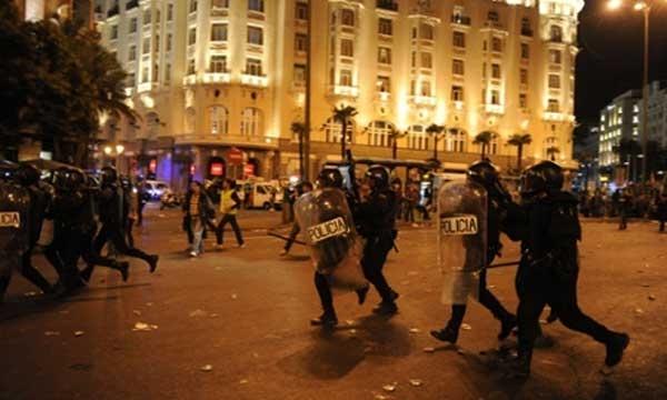 """""""پارلمان را تسخیر کنید""""؛ مادرید دستخوش اعتراض و سرکوب"""