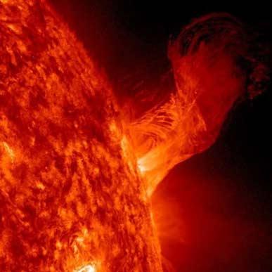 آتشبازی خورشید در آستانه سال نو میلادی