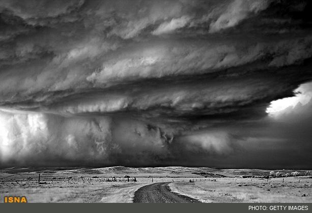 تصاویر خارقالعاده از توفانهای مرگبار