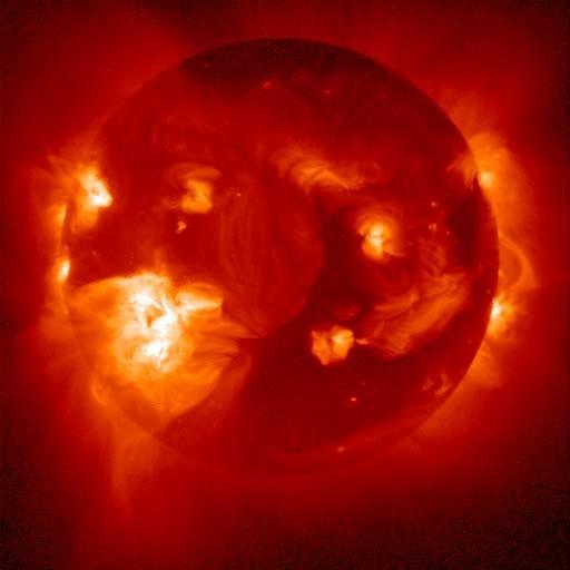 انفجار خورشیدی با قدرت بلعیدن 20 زمین