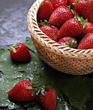 مصرف توتفرنگی و کاهش خطر حمله قلبی در زنان