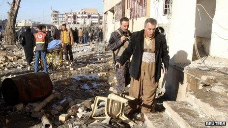 122 کشته و زخمی در انفجار مقر حزب دموکرات کردستان عراق و پایگاه پیشمرگهای کرد