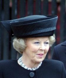 ملکه هلند سلطنت را واگذار کرد