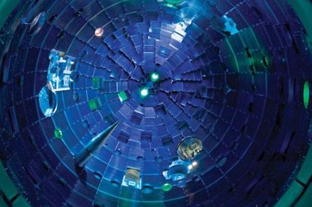 درون قدرتمندترین لیزر جهان چه میگذرد؟