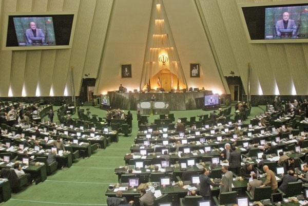 رئیسجمهور مکلف به تعیین سرپرست جدید وزارت ارتباطات شد