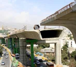 عرشه پل صدر تا پایان سال نصب میشود