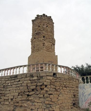 آشنایی با برج کلاهفرنگی شوشتر - خوزستان