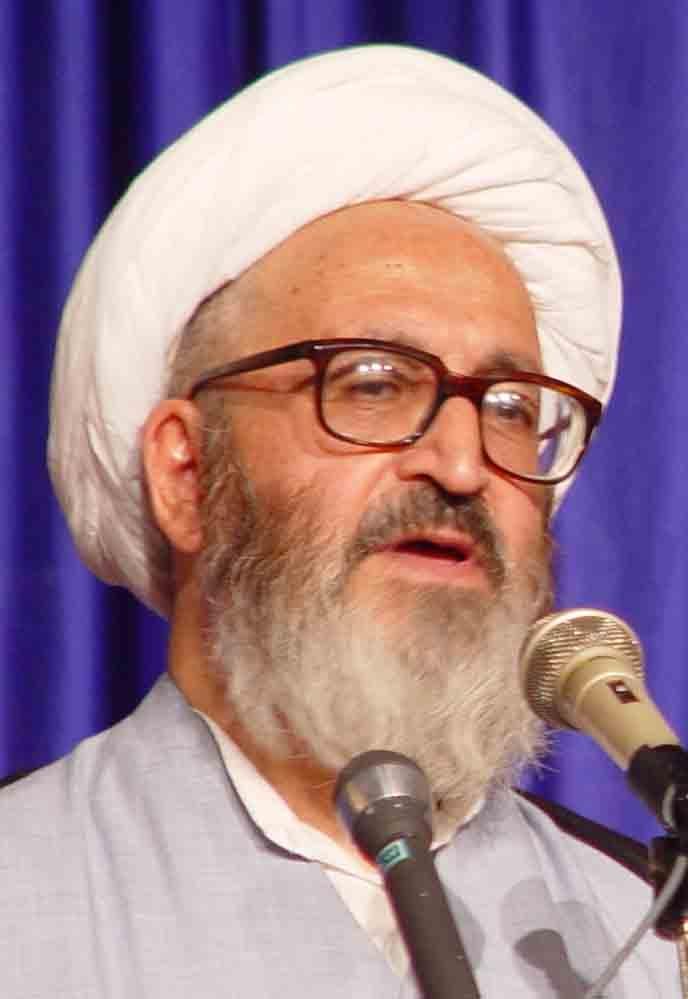 واکنش توفیق سبحانی به انتشار متن پر غلط  مکتوبات مولانا به نام او