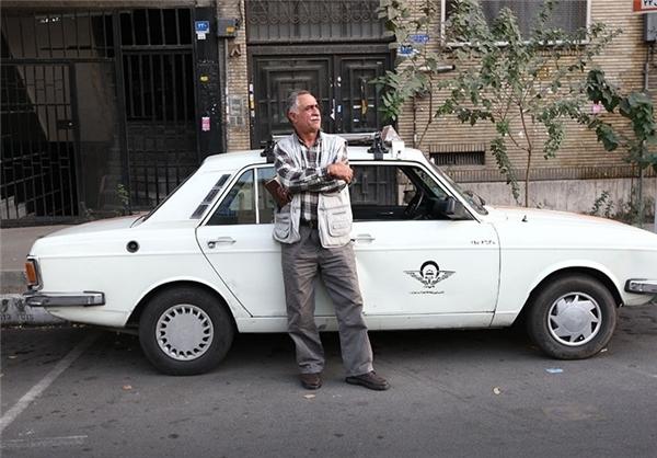 """حالا صندلی داغ تاکسی، تحریریه """"رزمجو"""" است"""