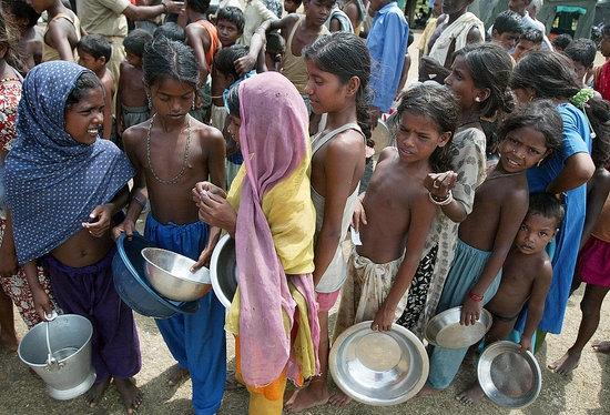 یک هشتم مردم جهان از سوء تغذیه رنج می برند