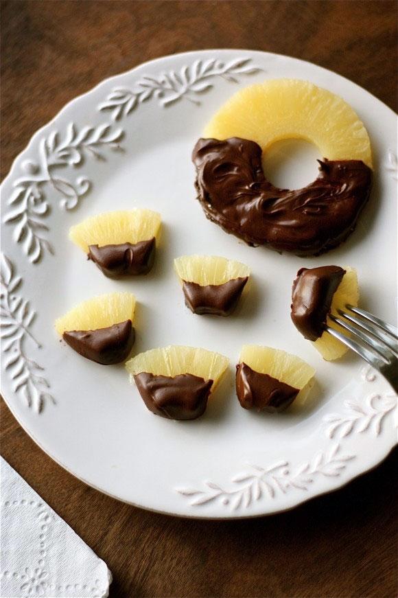 آشنایی با روش تهیه دسر آناناس با روکش شکلات