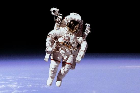 چطور انسان در فضا پیر میشود؟