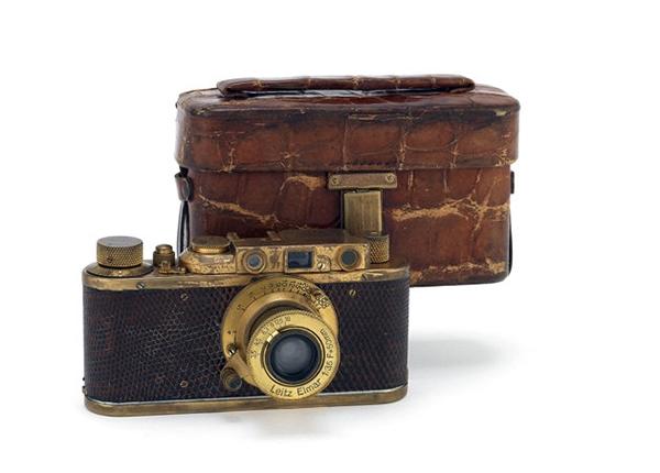 camera۲