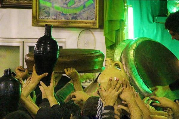 آشنایی با مراسم طشتگذاری در محرم - اردبیل
