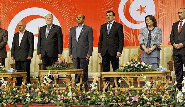 گفتگوهای ملی تونس به حالت تعلیق در آمد
