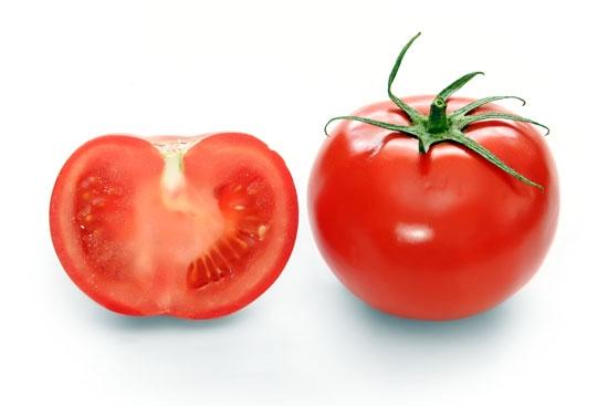 ۵ دلیل خوب برای خوردن گوجهفرنگی