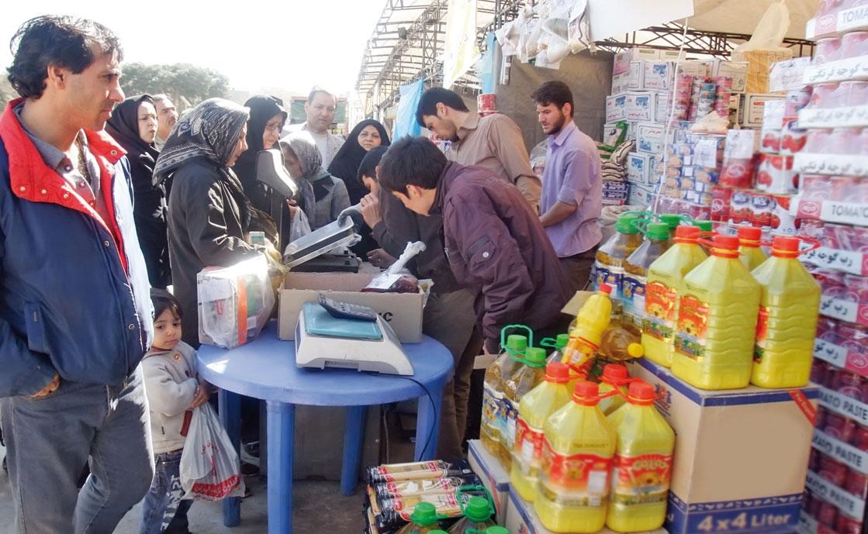 مهار بازار کالاهای اساسی؛ نخستین خواسته مردم از دولت