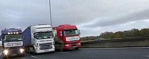 کامیونداران معترض فرانسوی راهها را بستند