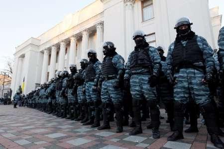 مجلس اوکراین بررسی رای عدم اعتماد به دولت را آغاز کرد