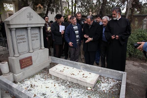 رئیس شورای شهر از چند مکان تاریخی مرتبط به ارامنه و آشوریان دیدن کرد